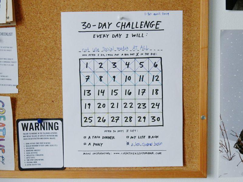 Un défi n'en est jamais vraiment un si t'as pas un calendrier pour faire des p'tits « X ». ;)